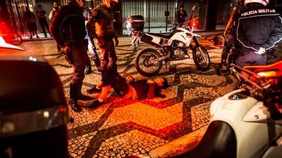 Manifestantes se dizem perseguidos pela polícia de SP