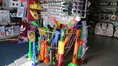 Why Are Police Trying to Ban Bongs in Camden Market?