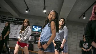 La Universidad del K-pop, donde las niñas compiten para convertirse en estrellas