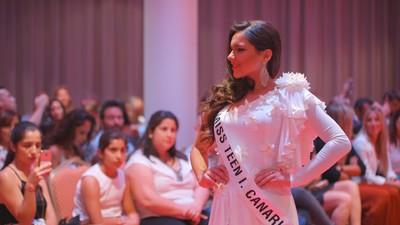 Zákulisí španělských soutěží krásy pro teenagery