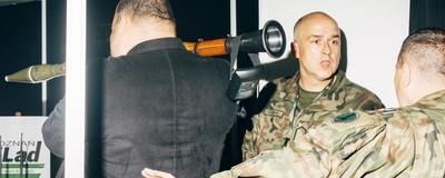 Czołgi, granatniki i drogie wino. Wizyta na największych targach broni w Polsce