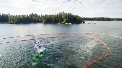 'Nightmare' Spill Cleanup on Hold as Storm Moves in on Sunken Tug