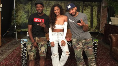 Vashtie Joins Desus and Mero in the Studio