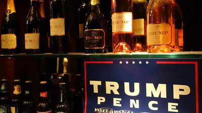 I Got Drunk at the Trump Bar in Trump Tower and It Was Predictably Terrible