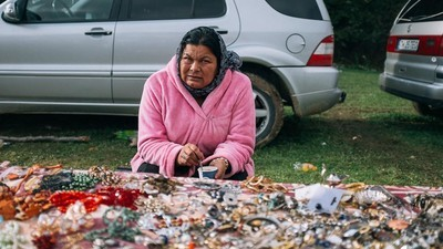 Colorful Photos from a Giant Yard Sale in Eastern Europe