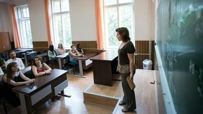 Dacă leacul pentru cancer s-ar afla în mintea unui român sărac, ar fi un mare ghinion