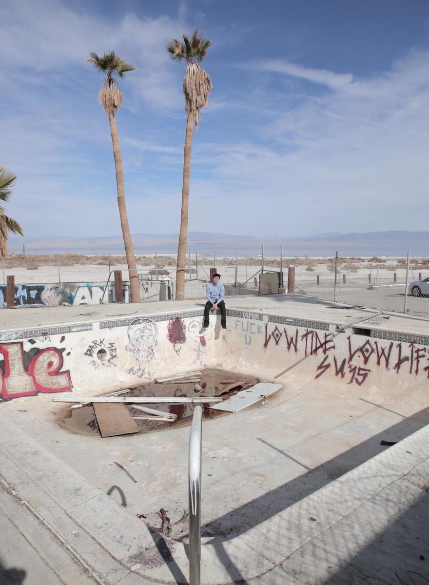 Niepokojące piękno opuszczonych fabryk i parków rozrywki