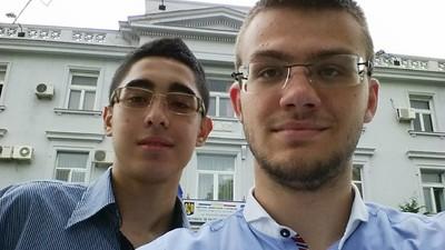 Am vorbit cu doi elevi din Constanța care l-au făcut pe Radu Mazăre să le dea banii înapoi