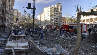 Bomb Blast Leaves Eight Dead in Turkey