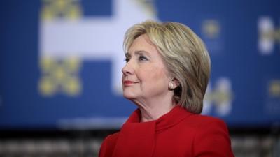 Los apostadores en línea están poniendo mucho dinero en la victoria de Clinton