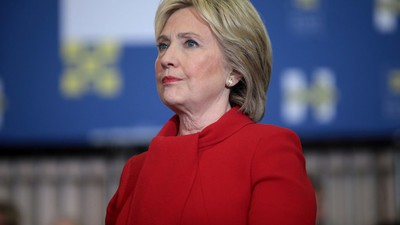 Hillary Clinton spreekt na haar verbijsterende verkiezingsnederlaag