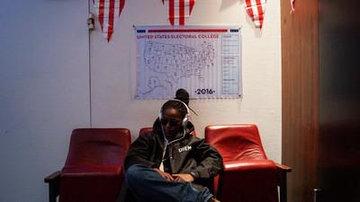 Wir haben die US-Wahlen mit einer Clinton-Anhängerin in Tübingen geguckt