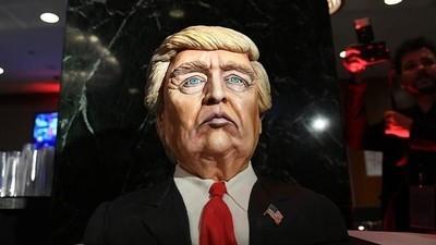 A história e algumas das muitas estórias de Donald Trump