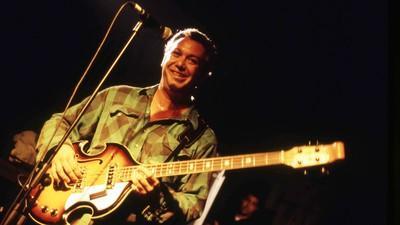 1995: The Year Mike Watt Broke Grunge