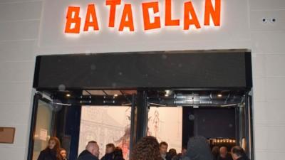We gingen naar de heropening van de Bataclan, een jaar na de aanslagen