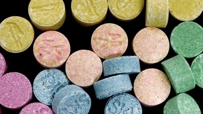 MDMA e mult mai periculos pentru femei decât pentru bărbați