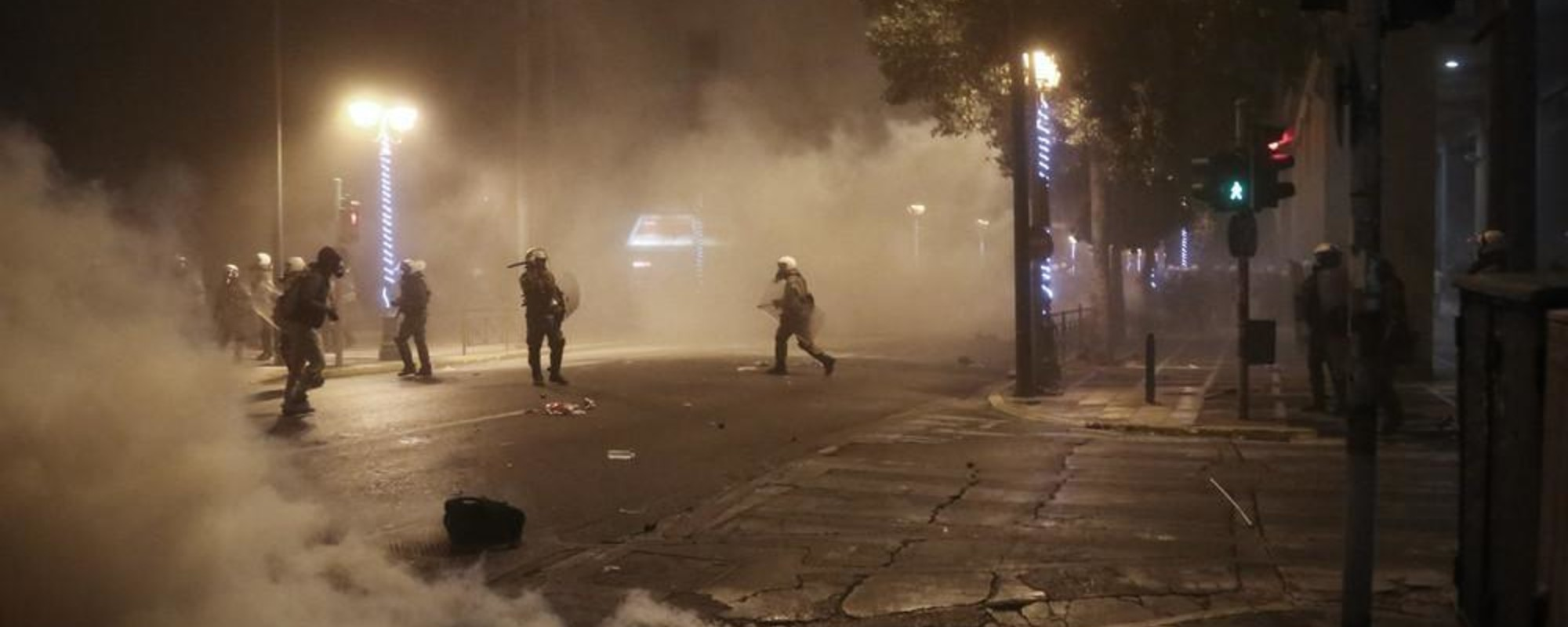 Athens Welcomed Obama with Molotov Bombs and Tear Gas
