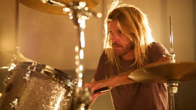 The Foo Fighters' Taylor Hawkins Finally Takes the Reins on 'Kota'