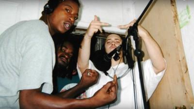 Schau dir hier die Kurzdoku zu Eminems erstem Album 'Infinite' an