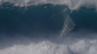 La locura de Kai Lenny en una ola monstruosa