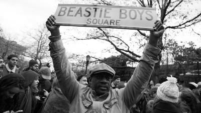Fuimos a la manifestación contra el odio de los Beastie Boys