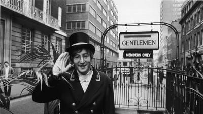 John Lennon era sexista e admitiu ter batido em mulheres