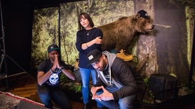 Rashida Jones Tells Us About the Time She Was Attacked by Michael Jackson's Chimp