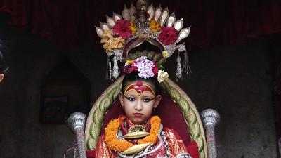 La vida de una diosa Kumari: las niñas cuyos pies nunca tocan el suelo