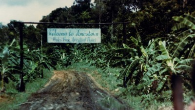 Massenselbstmord per Lautsprecherbefehl: Die Geschichte des Jonestown-Massakers
