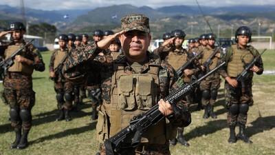 Némesis: la nueva apuesta del gobierno salvadoreño para controlar a las pandillas