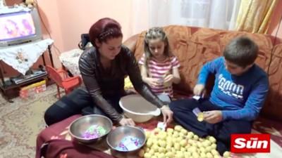 """Tot ce trebuie să știi despre scandalul ouălor Kinder în care niște copii români sunt descriși ca """"sclavi"""""""