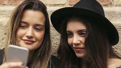 Studie: Jugendliche können Werbung und Nachrichten nicht unterscheiden