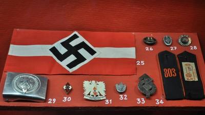 US-Bürger überhäufen Holocaust Museum mit Nazi-Devotionalien