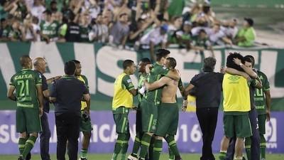 Brazilian Soccer Team Involved in Deadly Plane Crash Outside Medellin