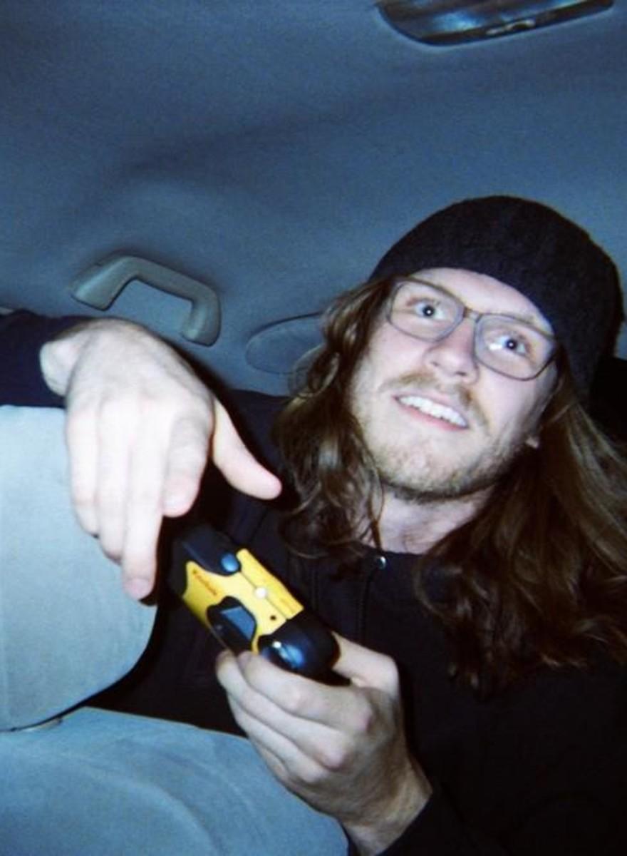 An LA Uber Driver Photographs His Drunken Passengers