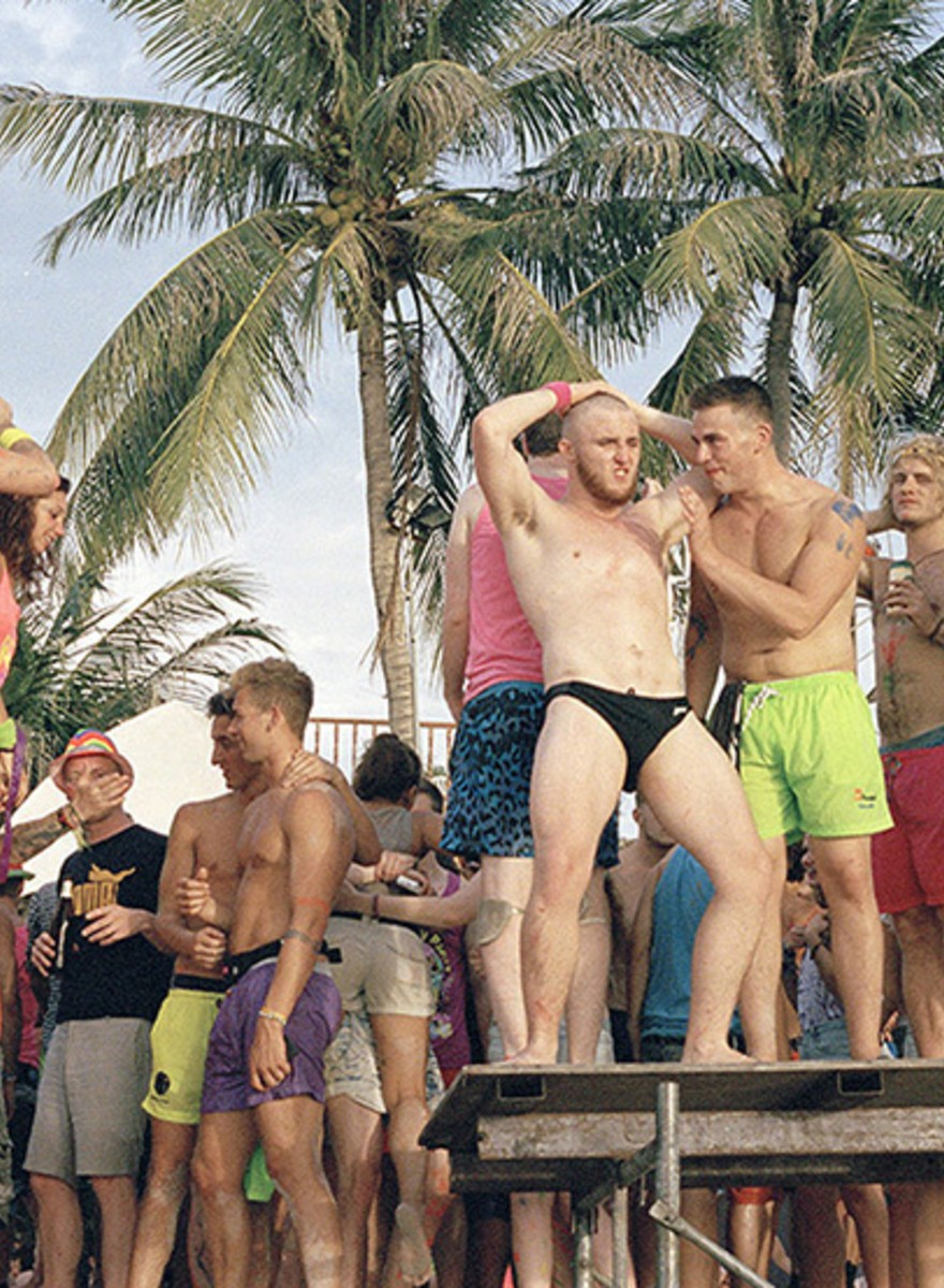 The Lost Souls of Thailand's Full-Moon Parties