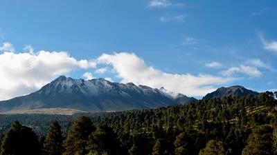 Todo lo que tienes que saber de la batalla ecológica por el Nevado de Toluca