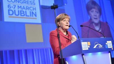 Angela Merkel Wants to Ban Full-Face Veils in Germany