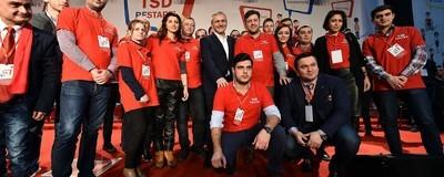Am întrebat tineri români care votează cu PSD ce e în sufletul lor