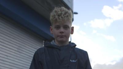 Puștiul de 13 ani din Marea Britanie care are un flow mai bun decât rapperii din România
