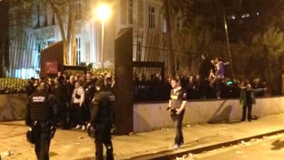 Wie Gladbach-Fans in Barcelona selber eine Massenpanik verhinderten