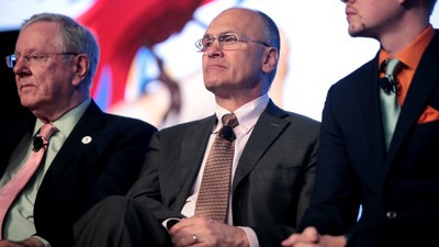 Trump Taps Fast Food Exec Andy Puzder to Head the Labor Department