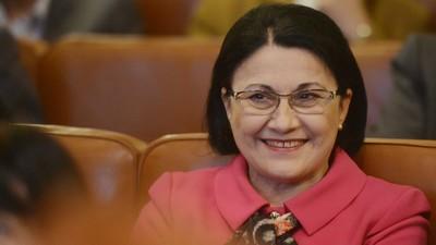 Am întrebat politicieni români cu probleme penale de ce candidează, Doamne, de ce?