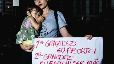 Mulheres falam por que o aborto deveria ser descriminalizado no Brasil