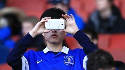 Así afecta nuestra obsesión tecnológica al deporte en vivo