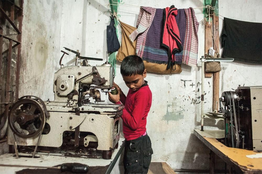 the issue of sweatshops and human rights Sweatshops in china war on want fights against the root causes of poverty and human rights violation, as part of the worldwide movement for global justice.