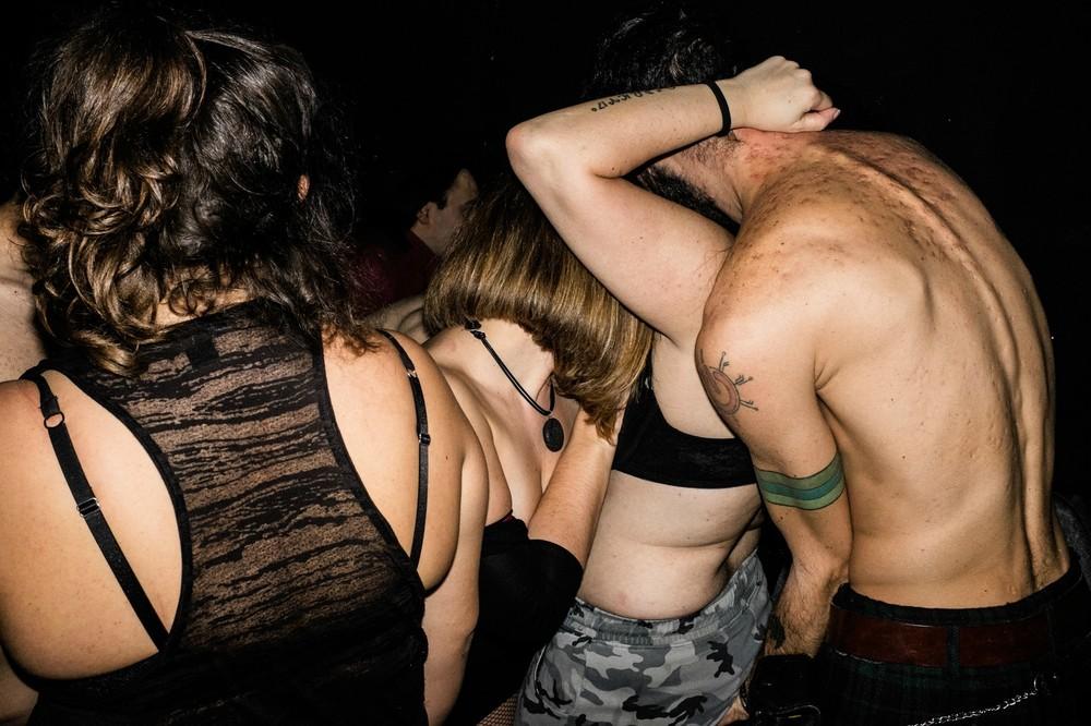 ομοφυλόφιλοι σεξ στο κοινό
