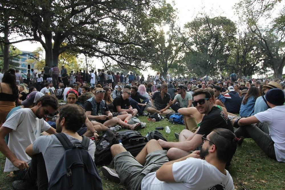 Photos of People Getting Stoned at Melbourne's 420 - VICE