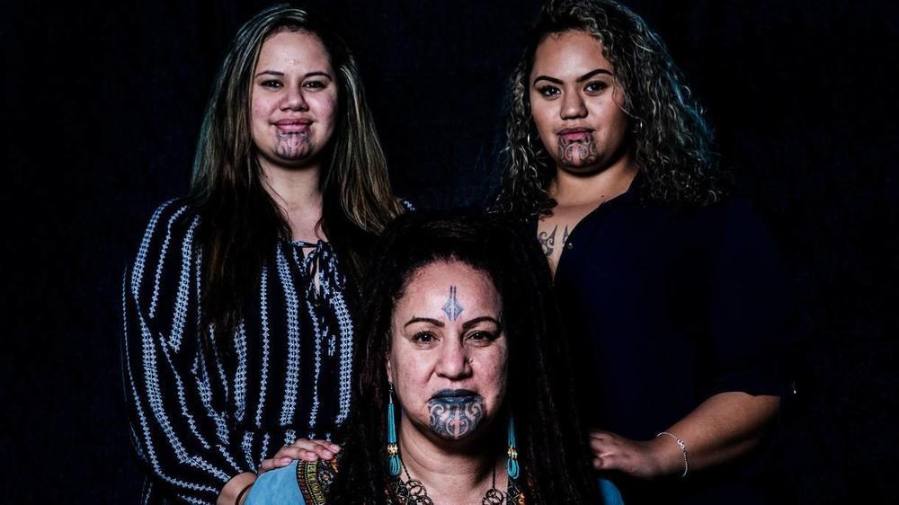 des-femmes-maories-nous-parlent-de-leur-tatouage-facial-body-image-1473929540-size_1000