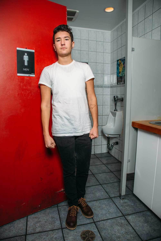 transgender and urinate